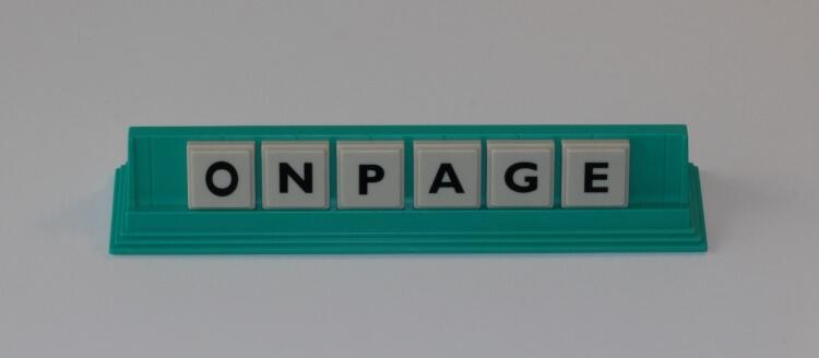 """Onpageoptimierung - Onpage steht auf dem Bild, Onpage steht für """"auf der Website"""" oder auf der Homepage."""