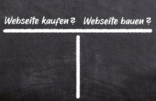 """Leeres T-Konto zur Gegenüberstellung von Argumenten zum Thema: """"Webseite erstellen lassen oder selber bauen?"""""""